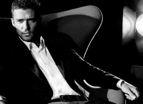 MAN CANDY: Did Somebody Snap Justin Timberlake's Trousersnake? [NSFW]