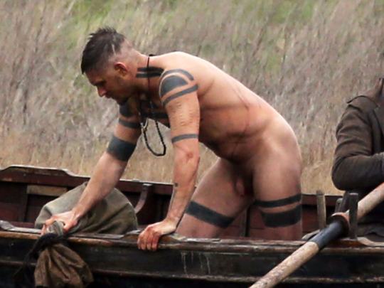 "Exclusive... 51965210 English actor Tom Hardy strips naked and jumps in a river while filming ""Taboo"" in Essex, England on February 01, 2016. ***NO WEB USE W/O PRIOR AGREEMENT - CALL FOR PRICING*** ***No Web / Online / Digital Reproduction Until Tuesday 6am GMT ** English actor Tom Hardy strips naked and jumps in a river while filming ""Taboo"" in Essex, England on February 01, 2016. ***NO WEB USE W/O PRIOR AGREEMENT - CALL FOR PRICING*** ***No Web / Online / Digital Reproduction Until Tuesday 6am GMT ** FameFlynet, Inc - Beverly Hills, CA, USA - +1 (310) 505-9876 RESTRICTIONS APPLY: USA/CHINA ONLY"