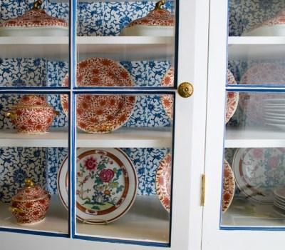DESIGN IDEA - WALLPAPER IN KITCHEN CABINETS! | COCOCOZY
