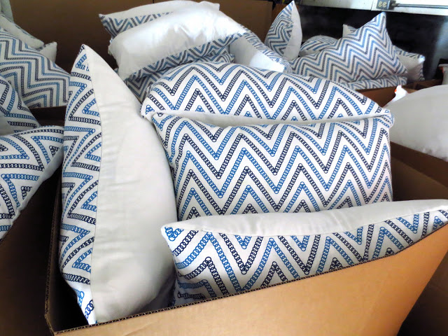 COCOCOZY Circle Chevron in boxes during packing week