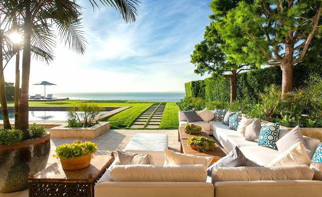 Backyard of a Malibu beach house