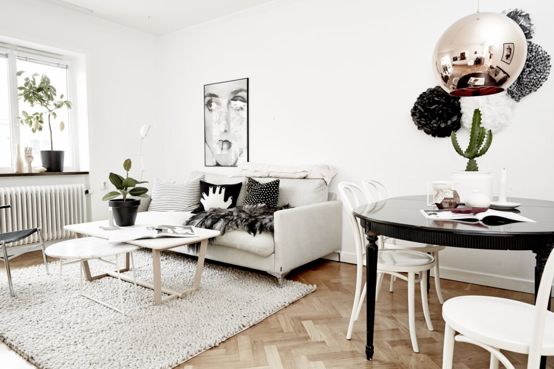 Mostly White - via Coco Lapine Design