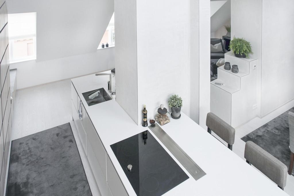 White Delight - via Coco Lapine Design