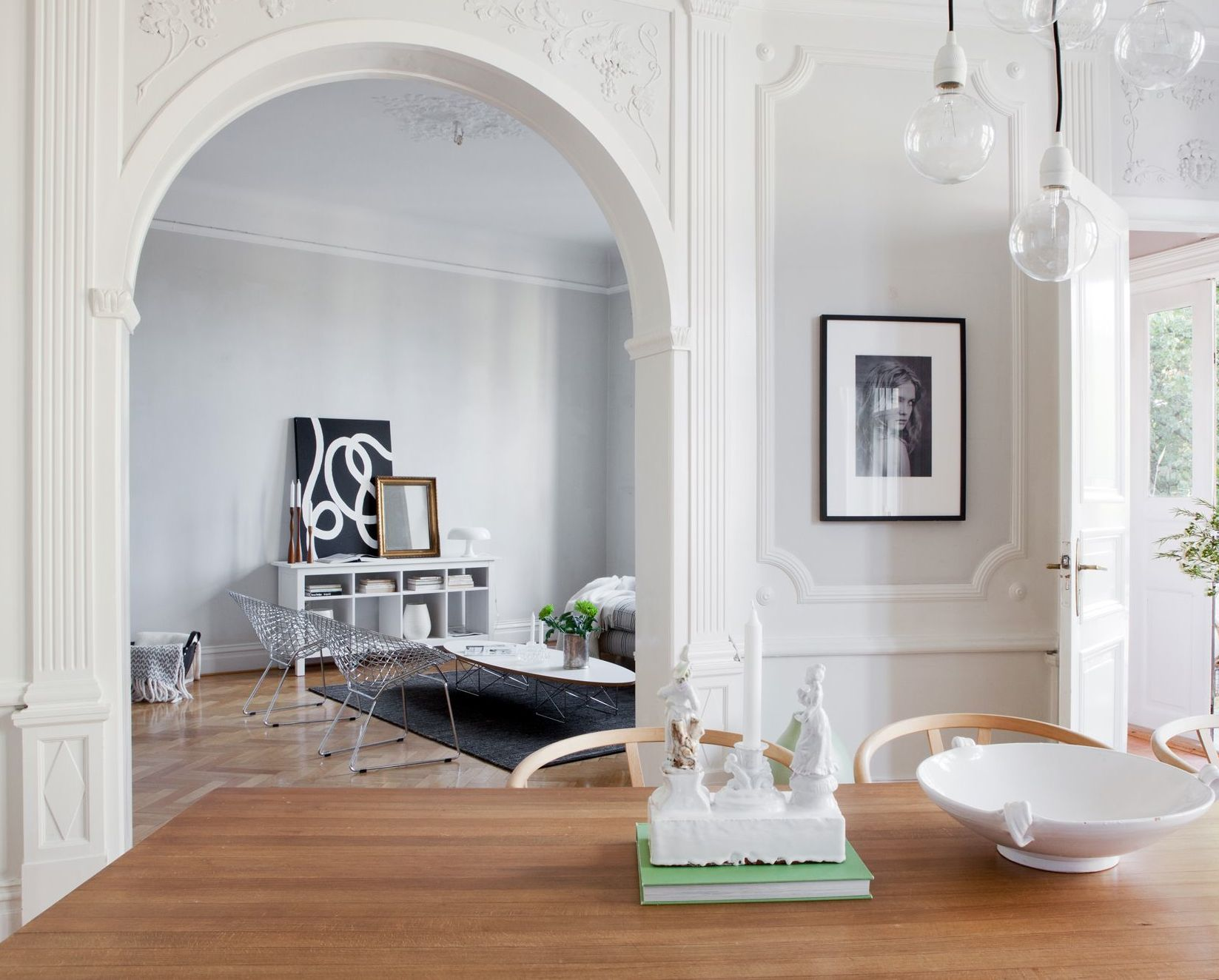 Beautiful classic apartment coco lapine designcoco for Interior arch designs photos