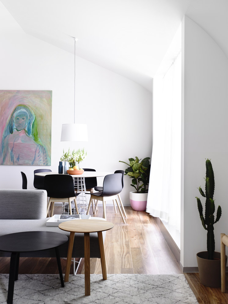 Pastels in Melbourne - via Coco Lapine Design