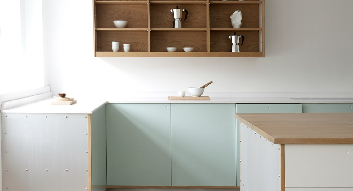 Trend: Green kitchens - via Coco Lapine Design