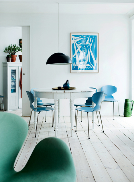 Copenhagen apartment full of design treasures - via Coco Lapine Design