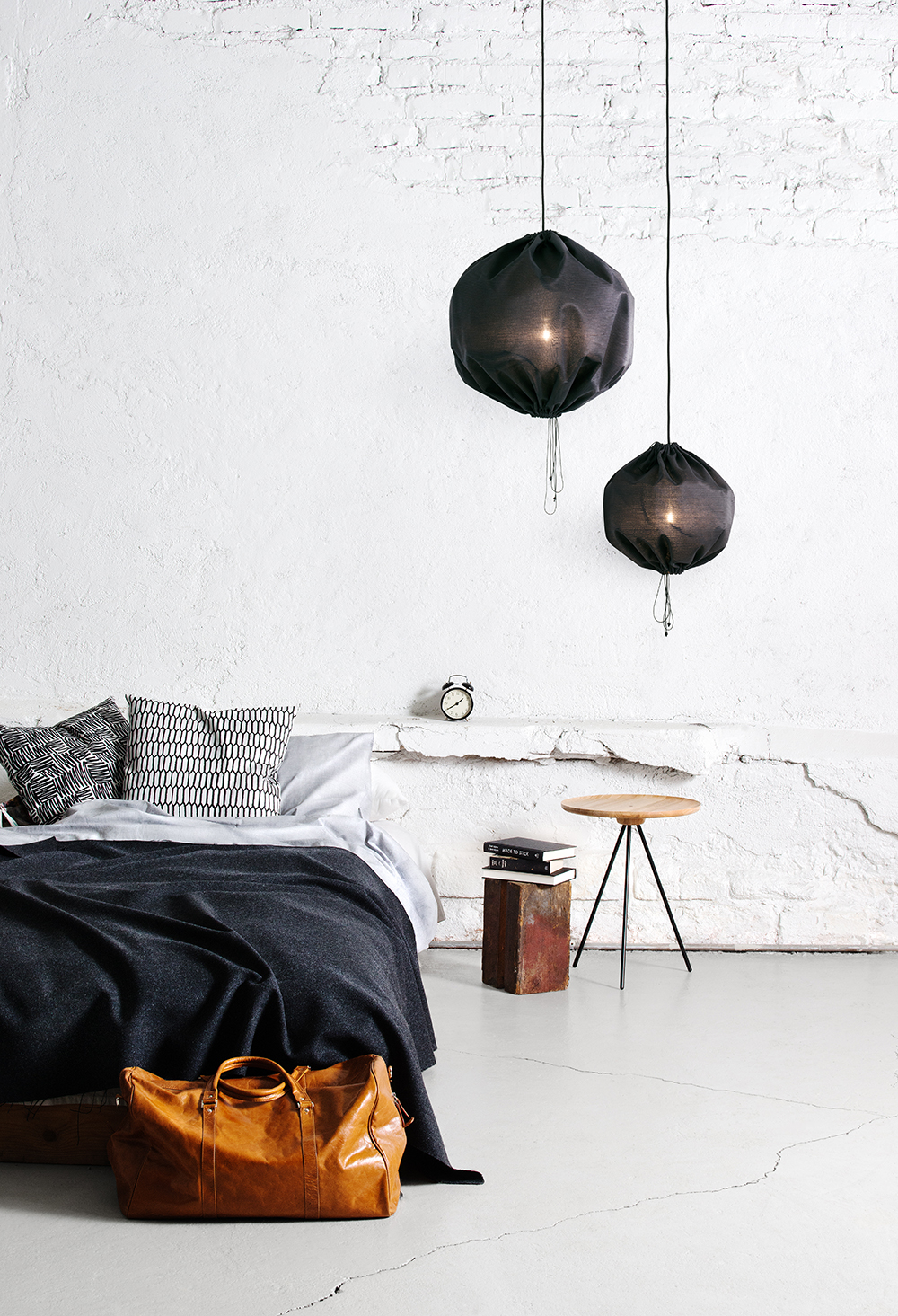 Kuu Lamp - via Coco Lapine Design