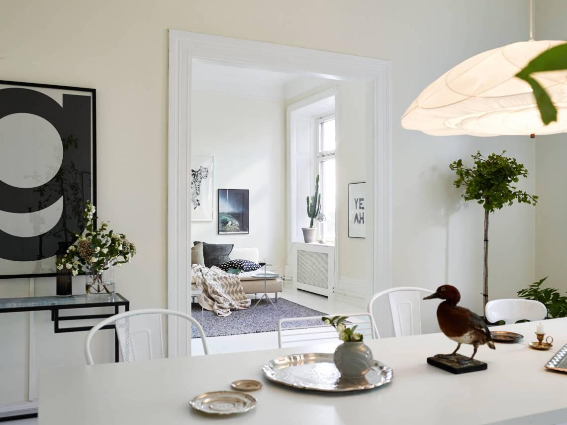 Round kitchen window - via cocolapinedesign.com