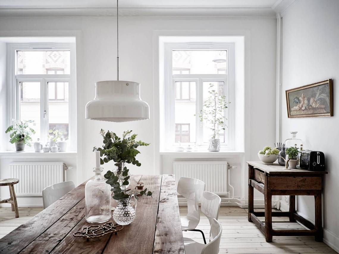 White and warm tints - via cocolapinedesign.com