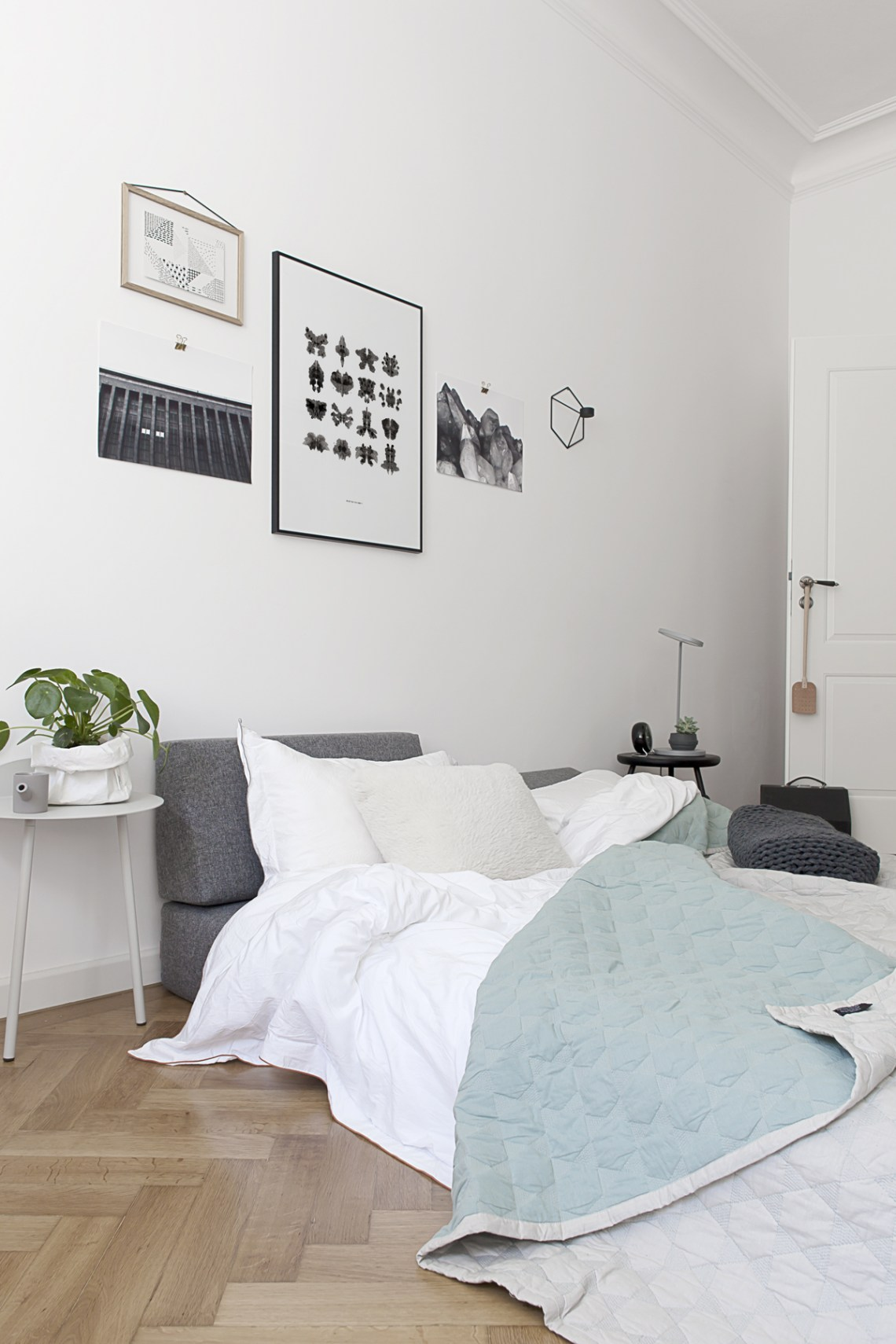 From daybed to guest bed - cocolapinedesign.com