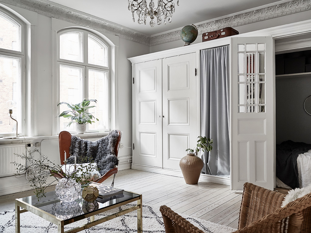 Bright home with a hidden bedroom - via Coco Lapine Design