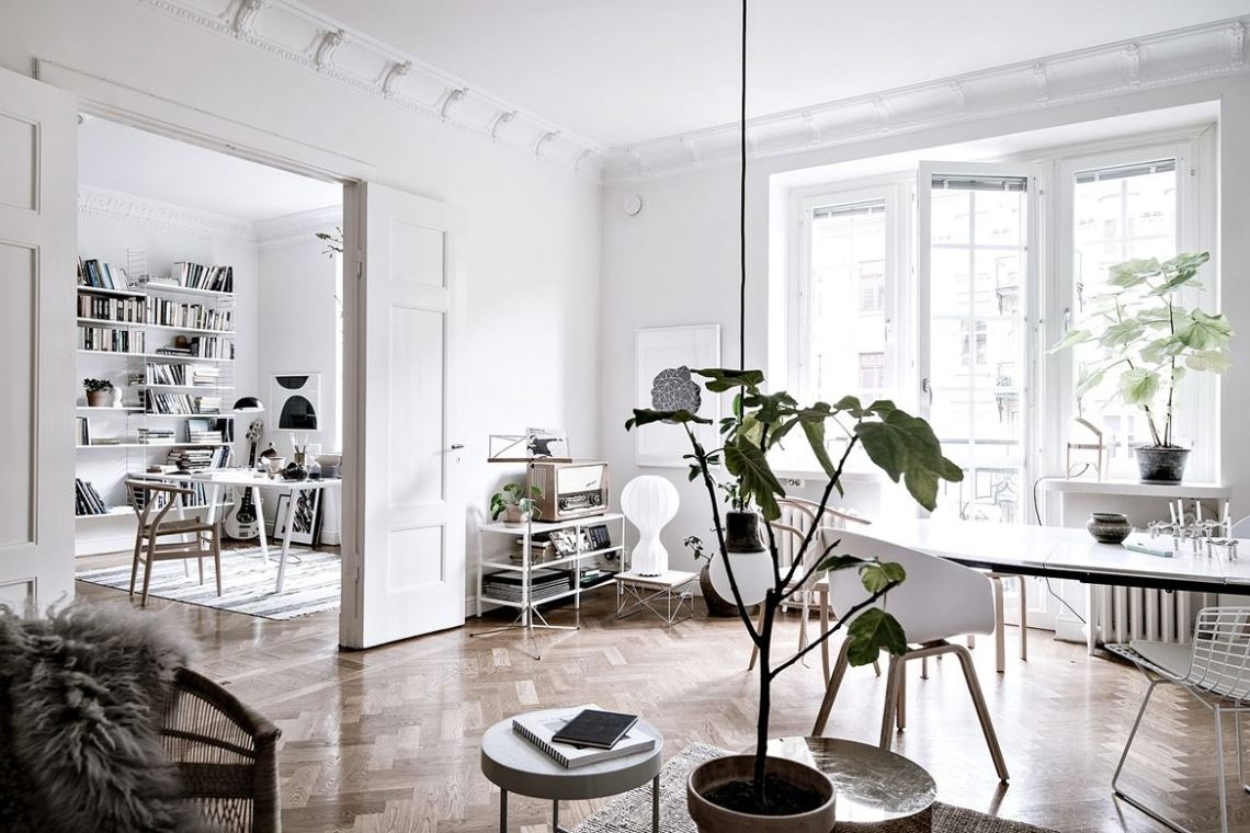 Spacious and open floorplan - via Coco Lapine Design