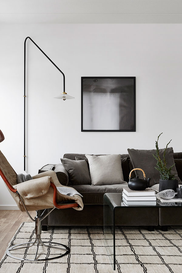 Stylish newly built home - via Coco Lapine Design