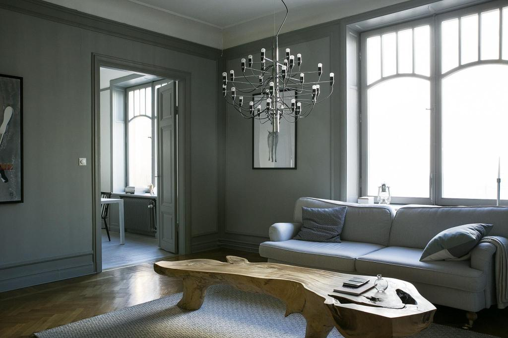 Beautiful home in grey - via Coco Lapine Design