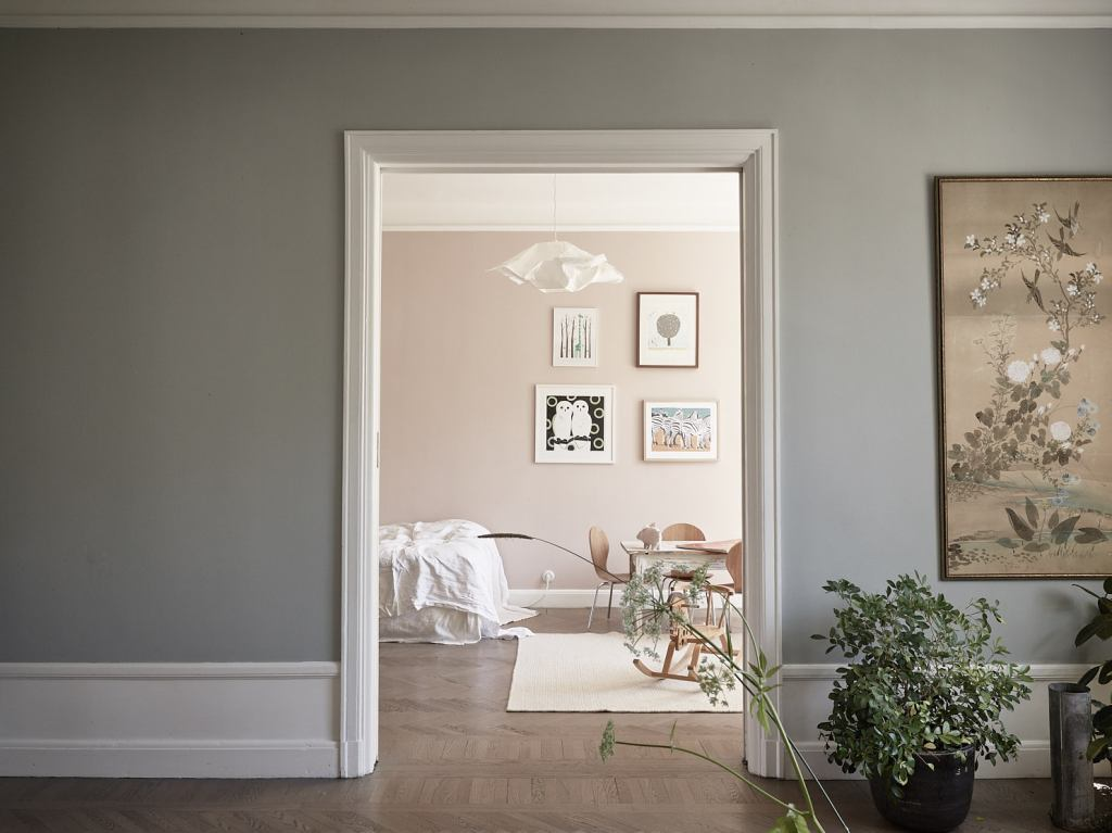 The effect of paint color - via Coco Lapine Design blog