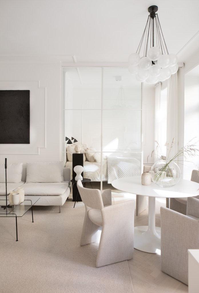 Home in beige, nudes and white - via Coco Lapine Design blog
