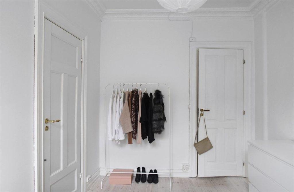 Elisabeth Heier's home for sale - via Coco Lapine Design blog