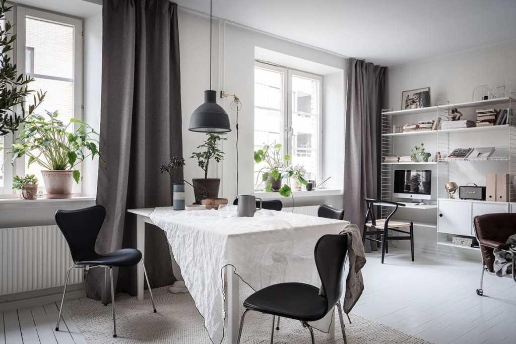 Cozy and inviting home - via Coco Lapine Design blog--1761416326-rszww1170-80