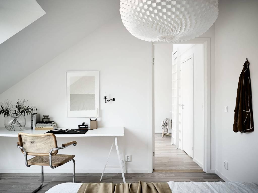 Light flooded attic home - via Coco Lapine Design blog