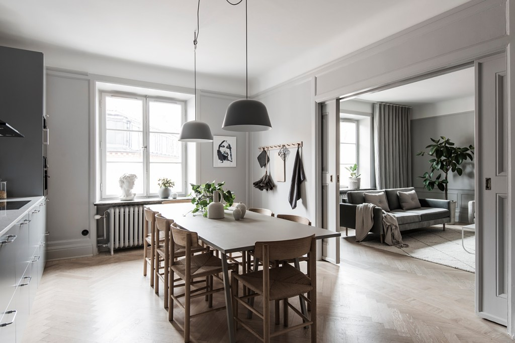Stylish home in grey - via Coco Lapine Design blog
