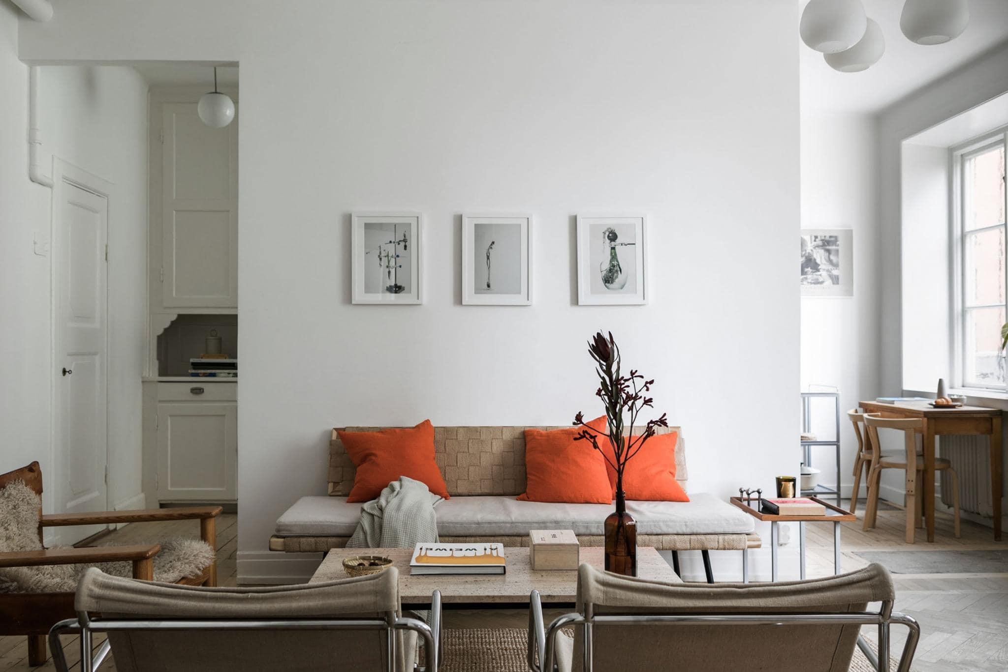 Separated kitchen and living room - COCO LAPINE DESIGNCOCO LAPINE DESIGN