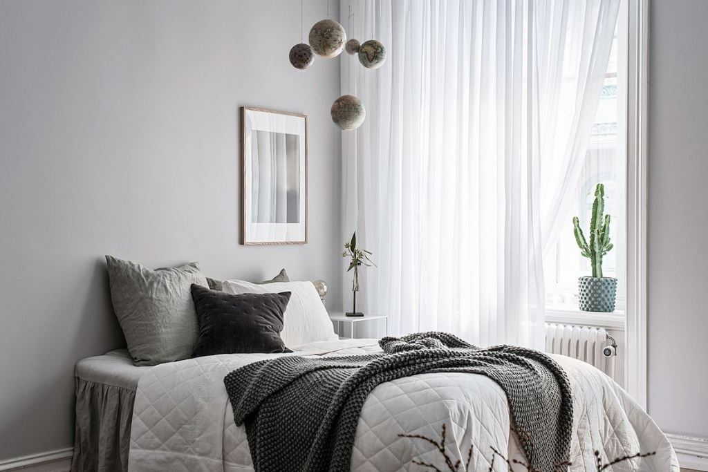 Bright living space - via Coco Lapine Design blog-726973589-rszww1170-80