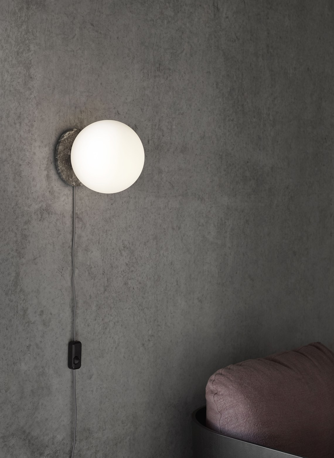 Menu TR Bulb - via Coco Lapine Design blog