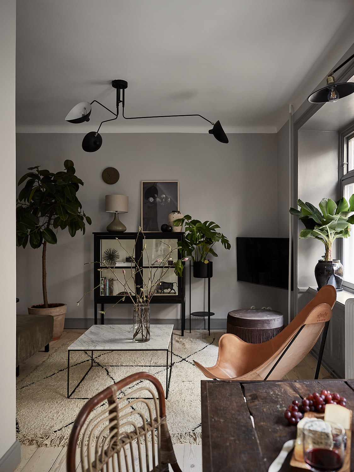 Other Than The Range Of Grey Wall Colors From Light In Living Room To Darker Bedroom Almost Black Kitchen That Look