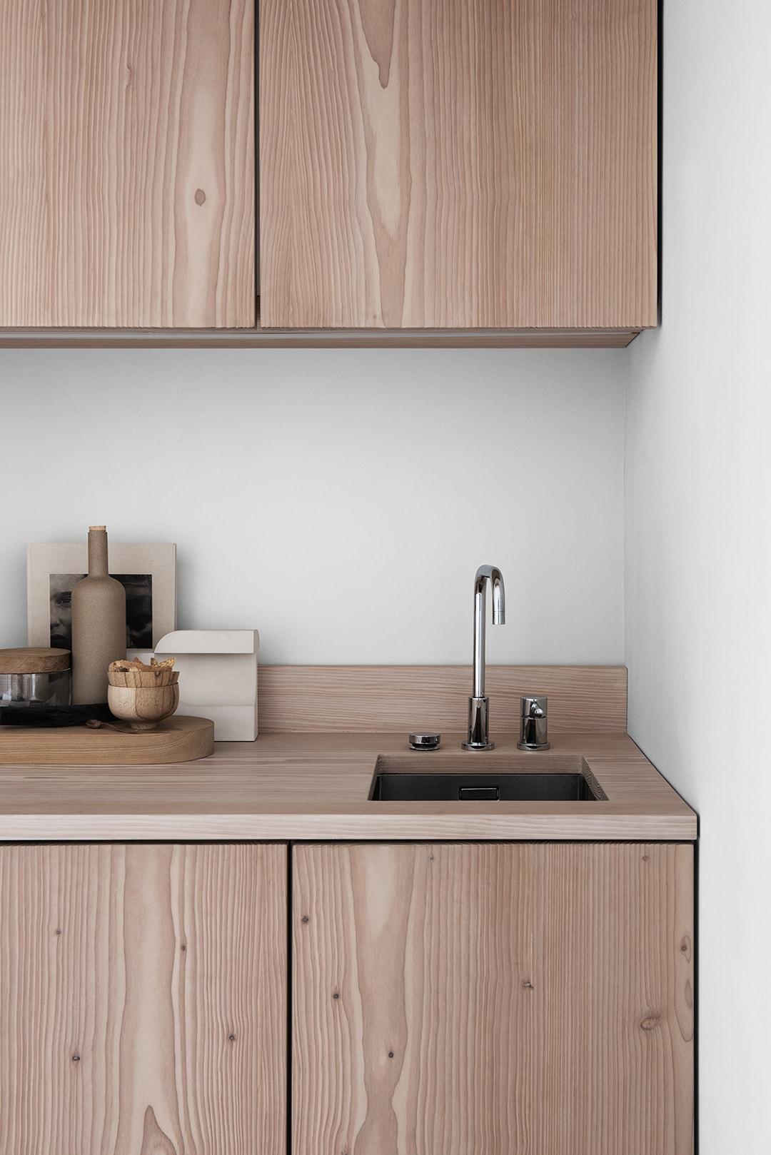 Lotta Agaton for Picky Living - via Coco Lapine Design Blog