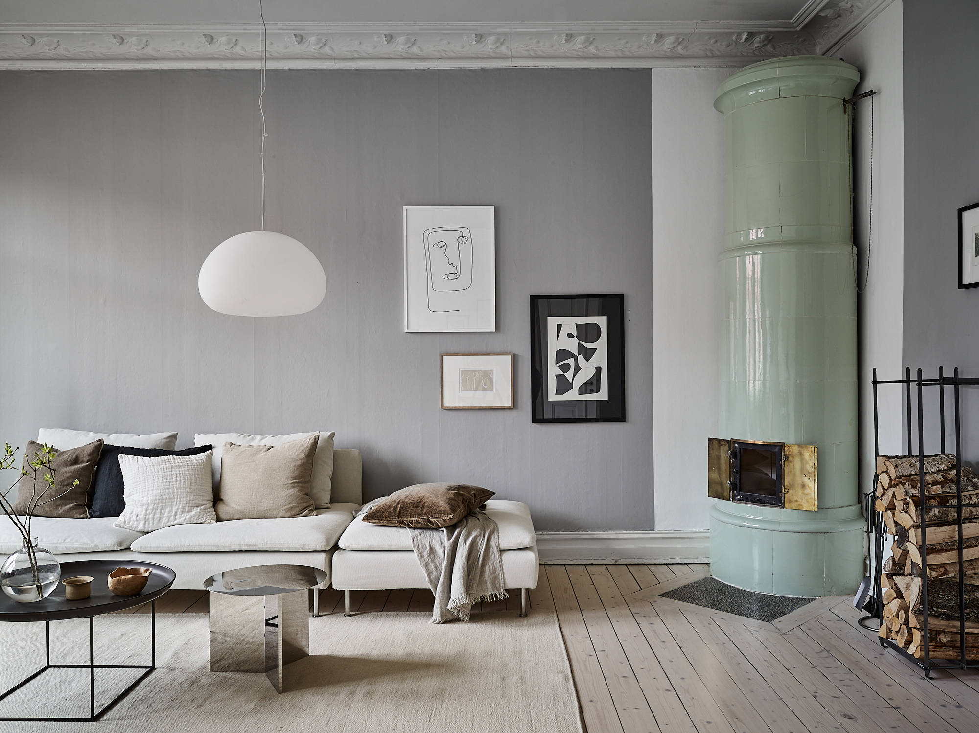 Grey home with a natural touch coco lapine designcoco - Como decorar paredes ...