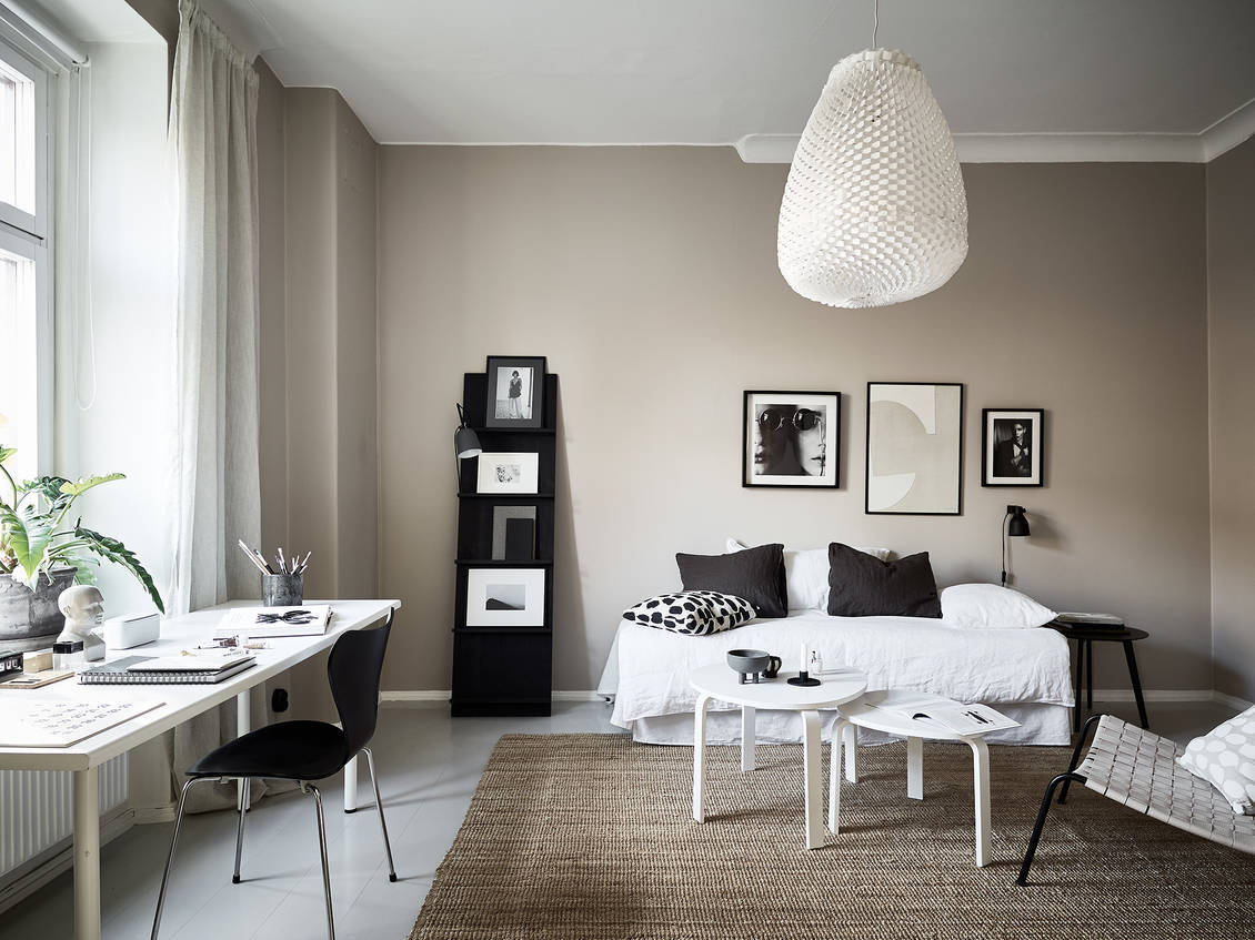 Beige home with black accents