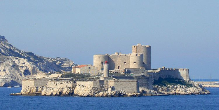 What to do in Marseille - Chateau d'If Marseille | ©Padrecardu / Wikimedia Commons