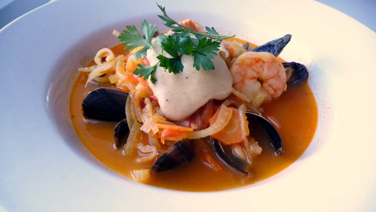 What to do in Marseille - Bouillabaisse | ©Blue Moon in her eyes / Flickr
