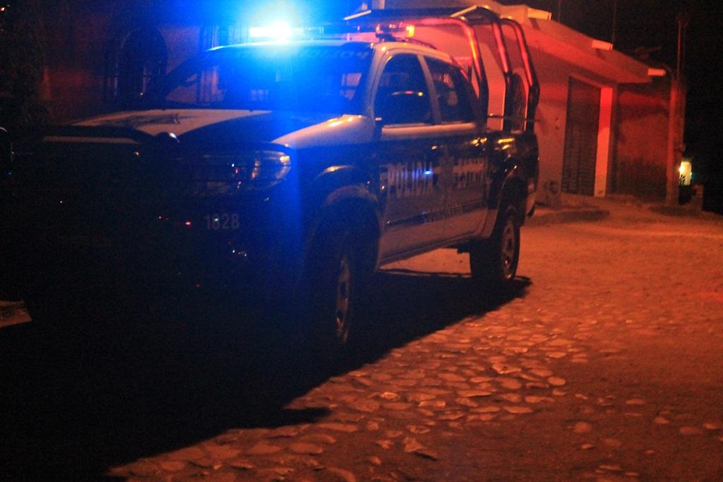 Reportan balacera en VdeÁ; un muerto y una mujer herida