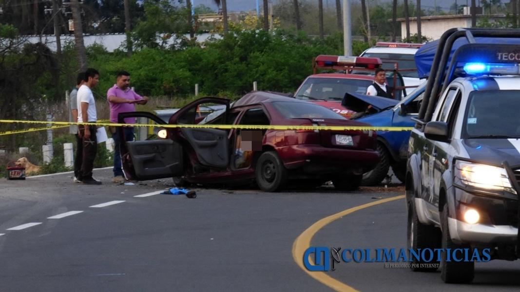 Fuerte accidente deja tres personas muertas y un menor herido