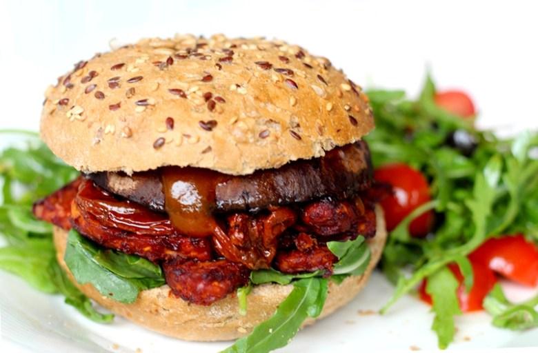 Recept portobelloburger met pittige tempeh en tomaat