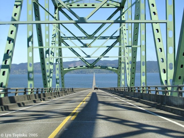 http://i2.wp.com/columbiariverimages.com/Images/astoria_megler_bridge_towards_point_ellice_2005.jpg?resize=640%2C480