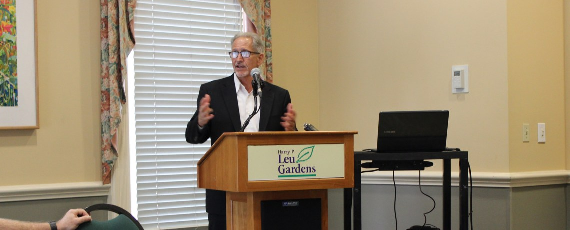 Bob White speaks at the Center Right Coalition's October Meeting