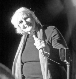 Julie Kertesz