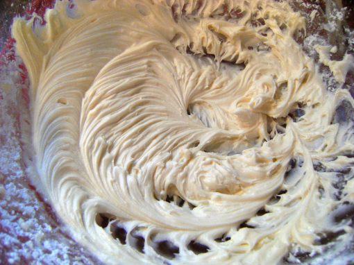 buttercream frosting for egg nog cookie logs