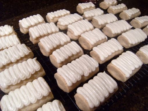 Egg Nog Cookie Logs - Get the holiday cookie recipe on ComfortablyDomestic.com