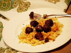 Slow Down With Your Slow Cooker: Game Day Meatballs