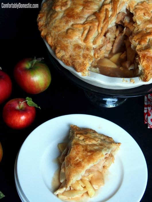 Mile High Apple Pie | ComfortablyDomestic.com