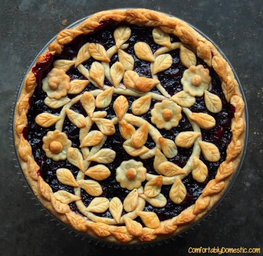 Very Berry Cherry Pie | ComfortablyDomestic.com