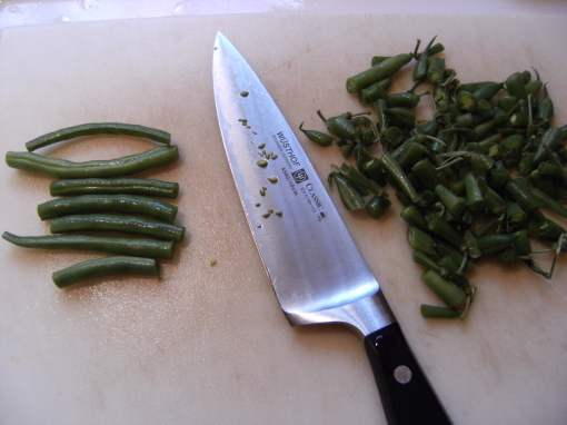 cutting green beans for savory streusel-topped green beans