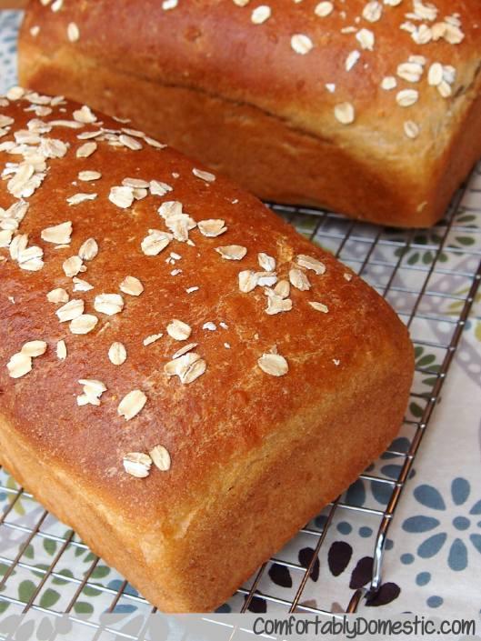Whole Wheat Honey Oat Bread via ComfortablyDomestic.com