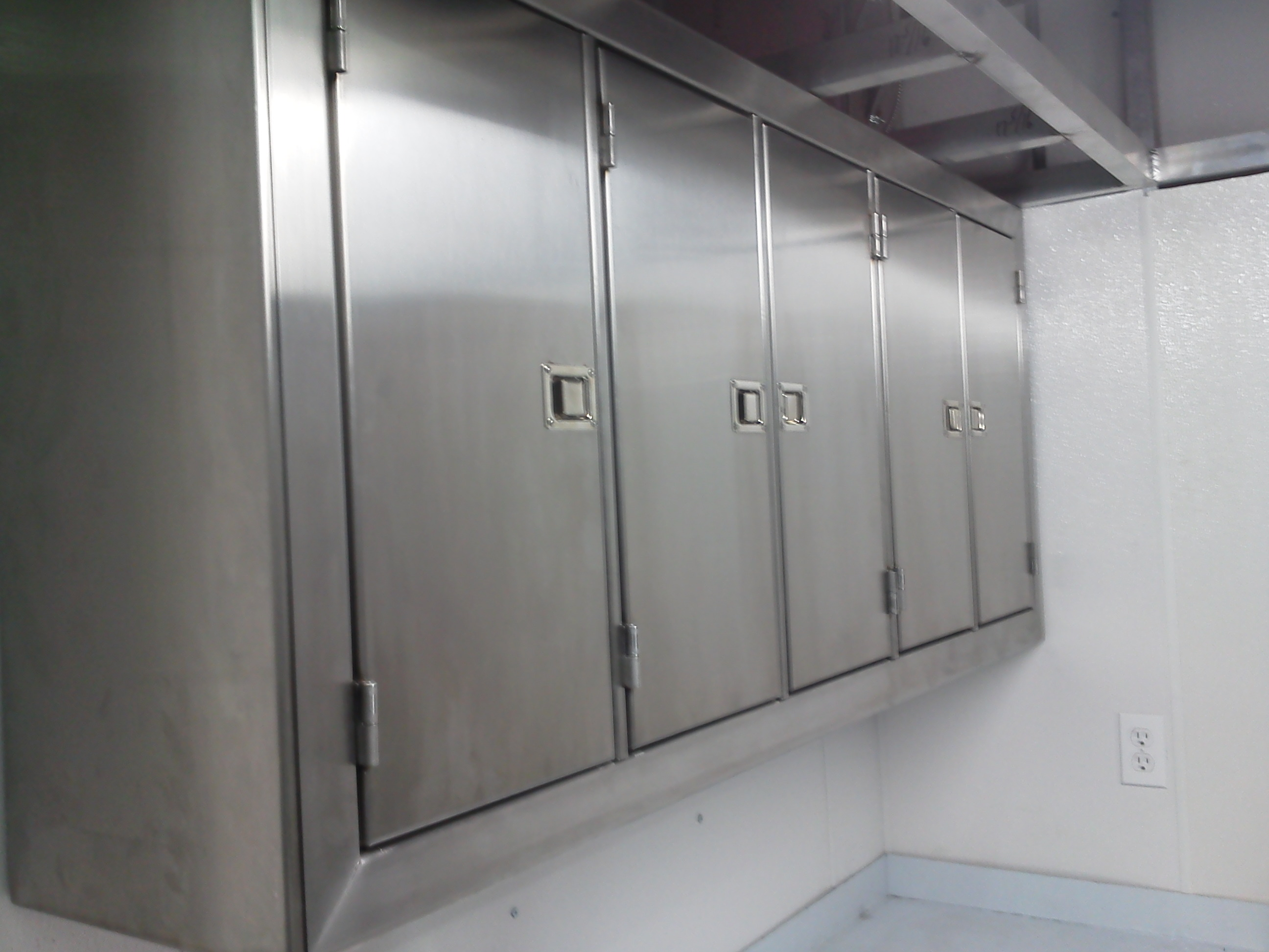 Traditional Stainless Steel Cabinet Stainless Steel Cabinet Comfort Engineers Manufacturing Division Stainless Steel Cabinets On Wheels Stainless Steel Cabinets Bbq houzz 01 Stainless Steel Cabinets
