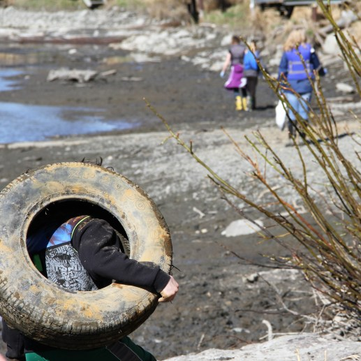 2017 River cleanup (2)