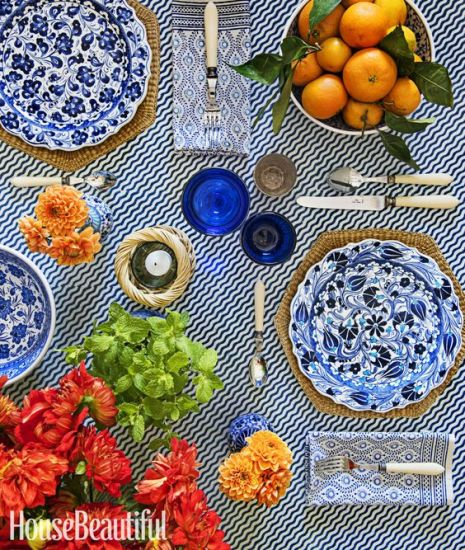 Blue and White tablesetting